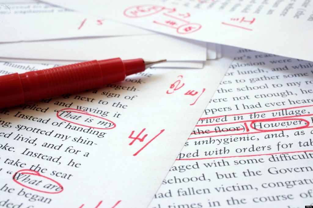 Tipico esempio di editing a penna rossa